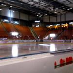13.22 Än så länge är arenan ganska ödslig och tom, men på den här isen ska snart en prestigefull kamp äga rum! Foto: Marie Angle/fbkbloggen