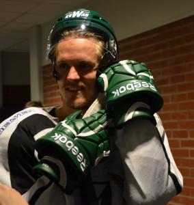 Magnus Nygren lovar att sjunga en hel vecka - om det blir guld! Foto: Joakim Angle/fbkbloggen