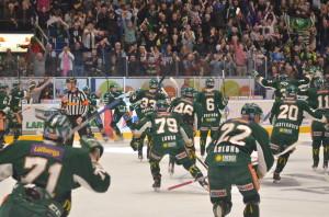 9.04 in i sudden och hela hallen exploderar! Ett ögonblick som varken Tollefsen eller jag minns så mycket av! Foto: Robin Angle/fbkbloggen