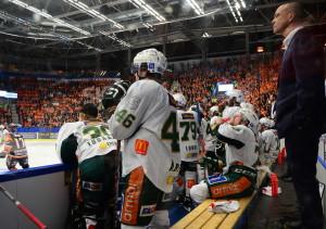 Jodå, vi lyckades tysta ett fullsatt, orange Vida Arena även idag! Foto: Joakim Angle/fbkbloggen