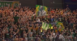 Publiken fick beröm av Clas Eriksson efter matchen för att den höll igång och stöttade spelarna genom hela matchen. Foto: Robin Angle/fbkbloggen