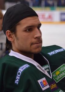 Luca Boltshauser tillbringade sina juniorår i Färjestad, lånades ut till Västerås inför årets säsong men vänder nu hem till sitt hemland Schweiz igen. Foto: Robin Angle/fbkbloggen