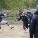 Niklas Arell verkar gilla fotboll! Foto: Robin Angle/fbkbloggen