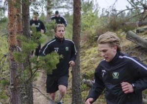 Nyförvärven Daniel Gunnarsson och Joachim Rohdin under tisdagens allra första pass för säsongen Foto: Robin Angle/fbkbloggen