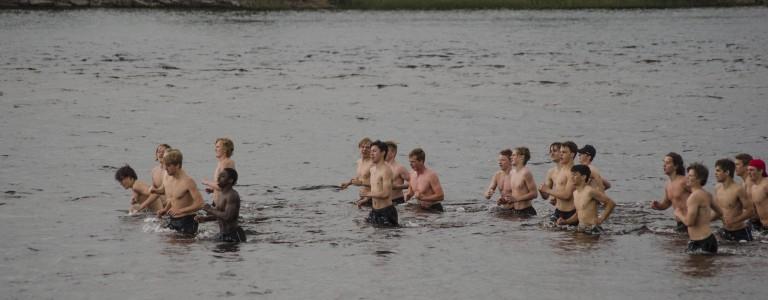 12 grader i luften. Antagligen någon grad varmare i vattnet... Alltid en tröst. Foto: Robin Angle/fbkbloggen