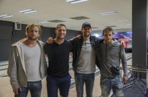 Lagseger! Grundel tillsammans med några av de andra grovjobbarna som visade vägen i torsdagens matchFoto: Robin Angle/fbkbloggen