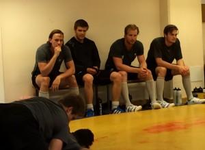 Nygård, Grundel, Rohdin och Byström pustar ut i väntan på nästa match Foto: Marie Angle/fbkbloggen