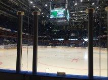 Isen ligger klar i Löfbergs Arena och väntar... I morgon är det äntligen dags! Foto: Marie Angle/fbkbloggen