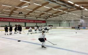 Full fart i övningarna - spelarna är ambitiösa och vill mycket, konstaterar Wilhelmsson Foto: Marie Angle/fbkbloggen