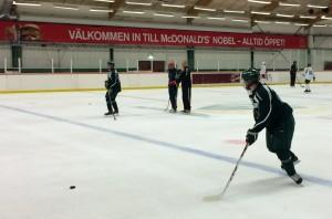 Bra fart under grillorna, trots att det bara var säsongens första ispass. Foto: Marie Angle/fkbloggen