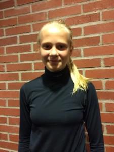 Backen Lisa Berg, yngst i FBK Dams trupp, är född 2000. Foto: Marie Angle