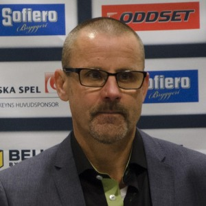 Inombords stormade det nog av känslor men Samuelsson var lugnet själv på presskonferensen efteråt, precis som alltid. Foto: Robin Angle/fbkbloggen