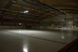 Det är ännu mörkt och tyst i Kobbs Arena. Foto: Marie Angle