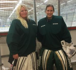 Sophia Jiglind och Linda Glädt efter fredagens träningspass i Kobbs arena. Foto: Marie Angle/fbkbloggen