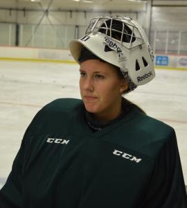 Linda Glädt var enda målvakt såväl i lördags som på måndagens träning. Sophia Jiglind var sjuk.