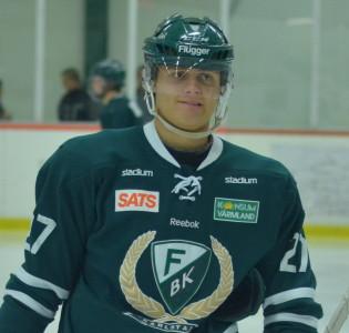 August Gunnarsson var med A-laget i lördags men var tillbaka i söndagens match. Han  får beröm av Lundh efter matchen. Foto: Joakim Angle/fbkbloggen