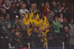 Off topic, jag vet. Glada (fairtrade) bananer på plats i hallen i  lördags... Foto: Robin Angle/fbkbloggen
