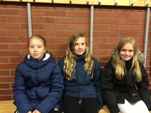 Malin, Julia och Tindra var några av tjejerna från Filipstad på plats i Kobbs i lördags Foto: Marie Angle/fbkbloggen