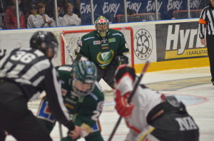 Rasmus Asplund spelar med de stora grabbarna...  Foto: Joakim Angle/fbkbloggen