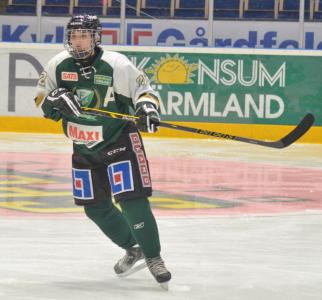 Lagets poängbäste, Emelie Johansson, in action. Fortsätter imponera, match efter match!