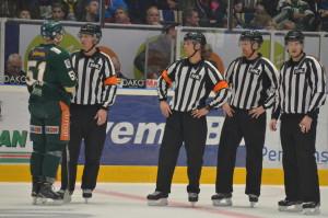Domarna och regelboken/tolkningen i fokus igen i dagens match... Foto: Joakim Angle/fbkbloggen