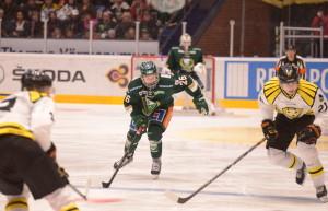 Tillbaka i SHL - Rasmus tyckte att det var skönt att spela igen efter en kort ledighet Foto: Robin Angle/fbkbloggen