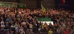 Bra drag i hallen med 7158 åskådare på plats. Foto: Robin Angle/fbkbloggen