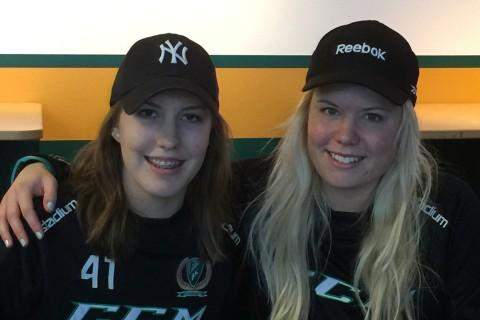 Målvakterna Linda Glädt och Sophia Jiglind Foto: Marie Angle/fbkbloggen