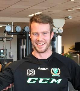Linus Persson växte enormt i mina ögon under förra säsongen, såväl på isen som vid sidan om. Det ska bli kul att se honom ta mer plats i laget nästa säsong! Foto: Marie Angle/fbkbloggen