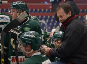 J20-coachen Staffan Lundh är nöjd med att laget studsade tillbaka efter förra veckans förluster Foto: Joakim Angle/fbkbloggen