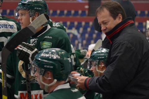 Staffan Lundh är glad över att laget studsade tillbaka efter förra veckans förluster Foto: Joakim Angle/fbkbloggen