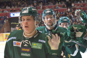 Walle firar kvitteringen till 2-2, där han och Joel Eriksson Ek assisterade målskytten Magnus Nygren Foto: Joakim Angle/fbkbloggen