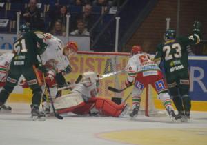 Mål! Röymark, Wallin och Johan Olofsson var inblandad i det mesta positiva i kvällens match Foto: Joakim Angle/fbkbloggen