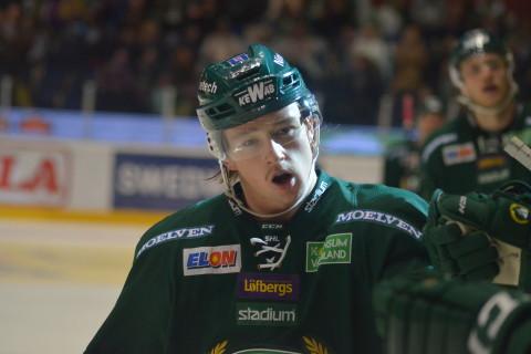 Rasmus Asplund firar sitt 3-1-mål med resten av laget Foto: Joakim Angle/fbkbloggen